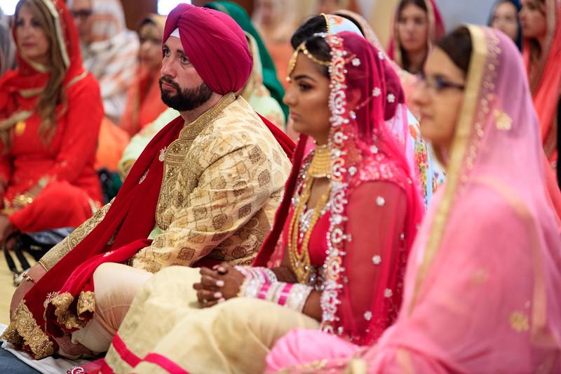 Neelam_and_Matt_Gurdwara_Wedding-1366.jpg