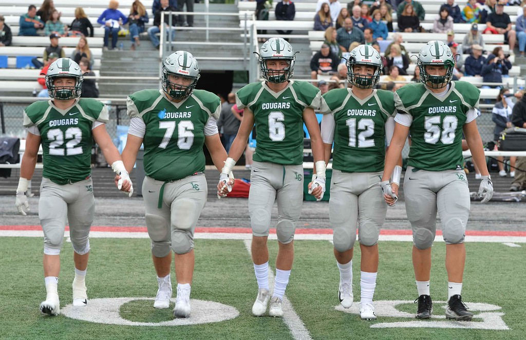 . Paul DiCicco - The News-Herald Photos from the Lake Catholic vs. Youngstown Ursuline football game on Sept. 8, 2018.