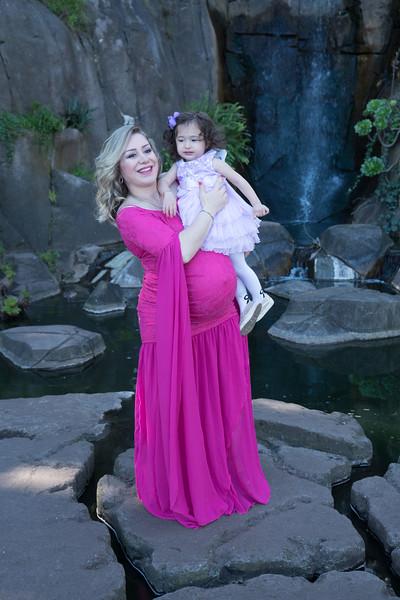 Maternity -08489.jpg