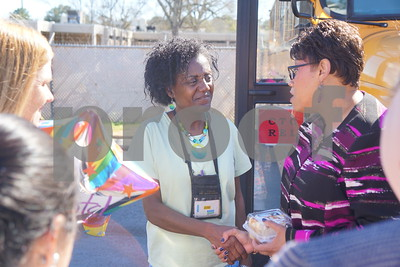 tyler-isd-bus-driver-students-come-to-aid-of-student-suffering-asthma-attack