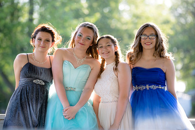 Nikki & Friends - 8th Grade Dance