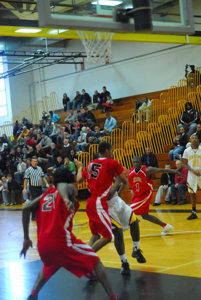 20090301_MCC Basketball_5614.JPG