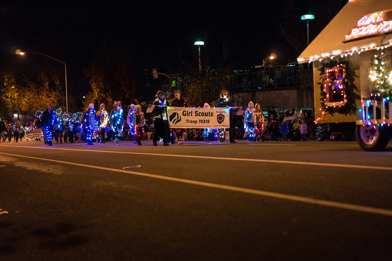 Light_Parade_2015-08071.jpg