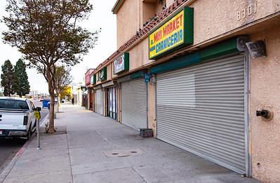 8301 S Vermont Ave, Los Angeles