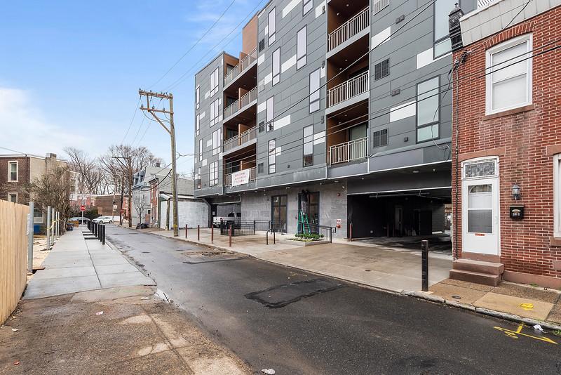Yoav Shiiffman 6 units 438 Memphis Street-online-72.jpg