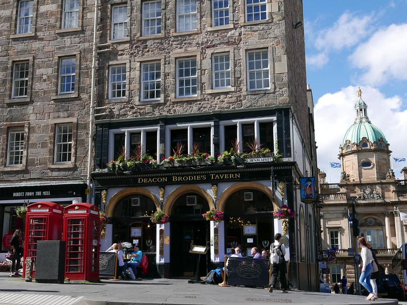 @RobAng Juni 2015 / Old Town, Edinburgh / City Centre Ward, Scotland, GBR, Grossbritanien / Great Britain, 102 m ü/M, 2015/06/28 17:07:50