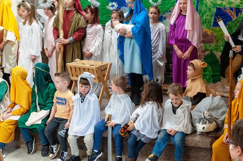 20191209 Faith Children Advent Family Gathering-8039.jpg