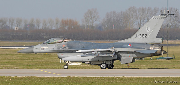 24 march 2011 Departure 6 F16 for Operation Unified Protector