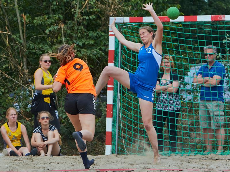 Molecaten NK Beach Handball 2015 dag 2 img 252.jpg