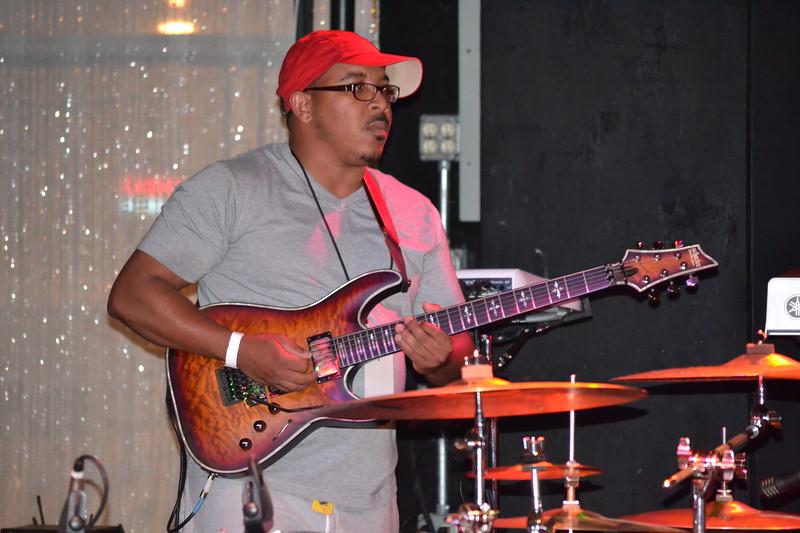 043-jamaal-lees-guitar-player_14698515931_o.jpg