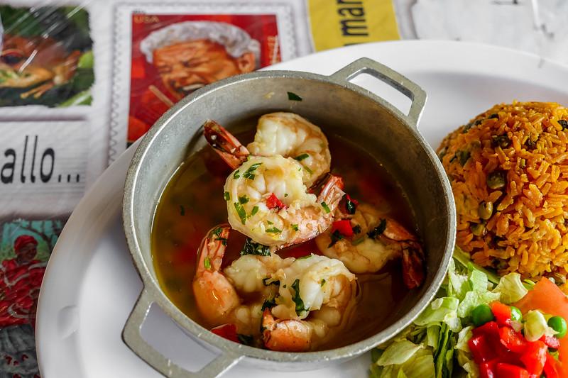 Camarones Al Ajillo (Shrimp with Garlic Sauce)