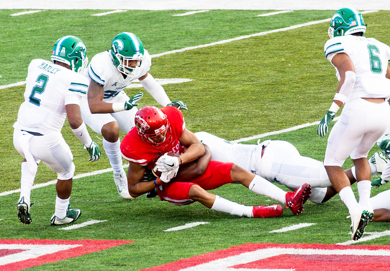 UH back on offense.  Allen is brought down after a 24-yard gain.