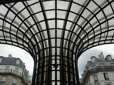 Paris Architectures and in an outdoor scenes