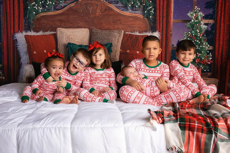 Emillio, Lorenzo, Aria, Oliver, Amelia & Wyatt