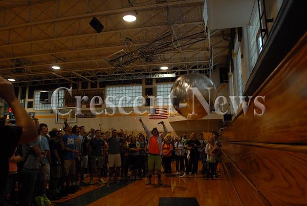 08-29-16 NEWS Ayersville New Year