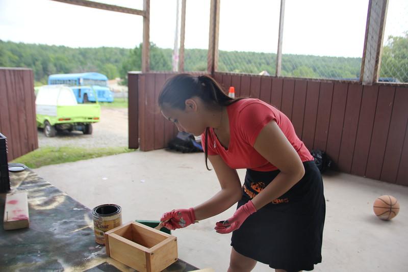 kars4kids_thezone_camp_GirlDivsion_workshops_WoodWorking (56).JPG