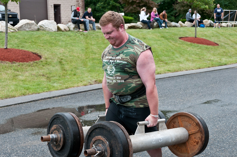 Fitness Revolution Strongman Challenge 2011_ERF3606.jpg