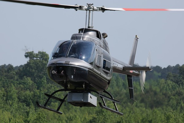 "Chesapeake Bay Helicopters 1989 Bell 206B ""Jet Ranger"", Norfolk, 13May18"