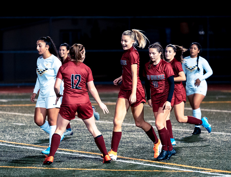 2019-10-24 Varsity Girls vs Lynnwood 179.jpg