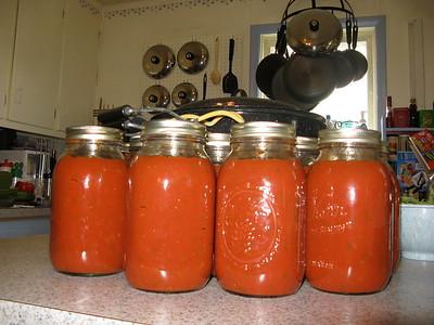 08-17 Making sauce