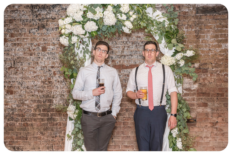 Laren&Bob-Wedding-Photobooth-171.jpg