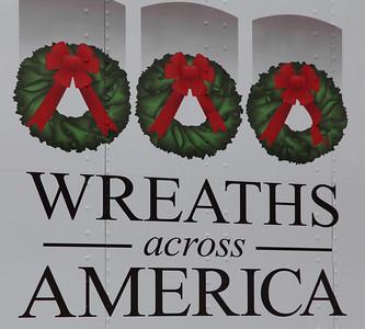 Wreaths Across America 12/2013