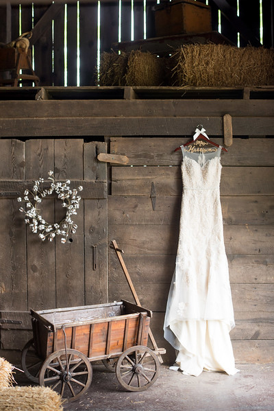 country-wedding-dress-barn.jpg