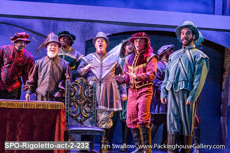 SPO-Rigoletto-act-2-232.jpg