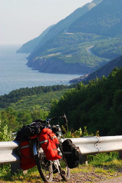 Vélo sur la Cabot Trail - Parc national des Hautes-Terres du Cap Breton