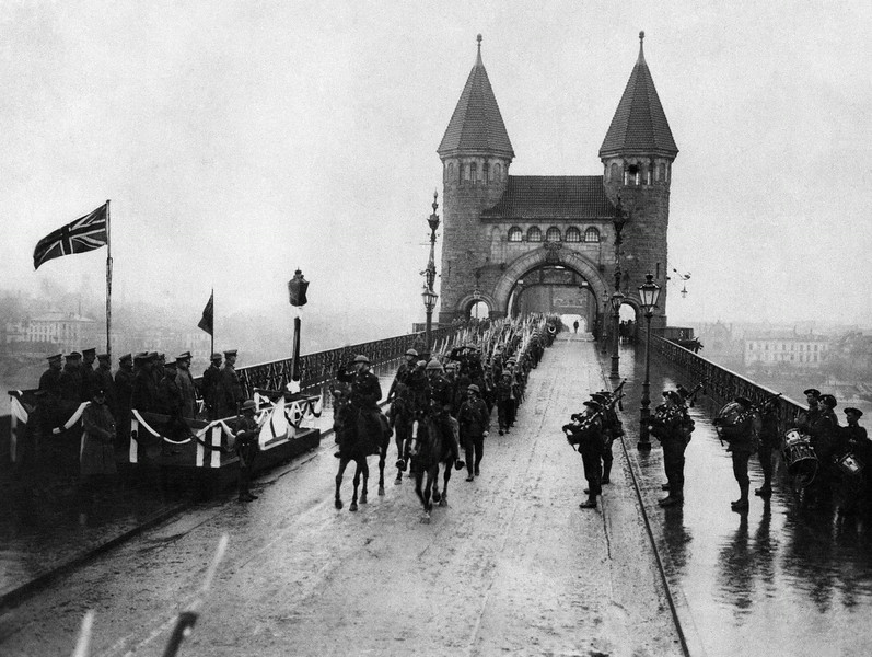. The first British troops to cross the Rhine to Cologne, to occupy their sector of the German Rhine provinces, Dec. 12, 1918. (AP Photo)