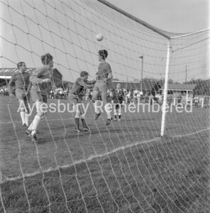 Aylesbury Utd v Banbury Utd, Sep 19th 1970