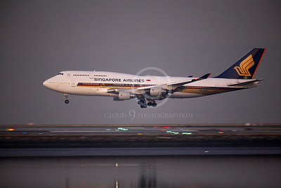 Singapore Airline Boeing 747 Airliner Pictures