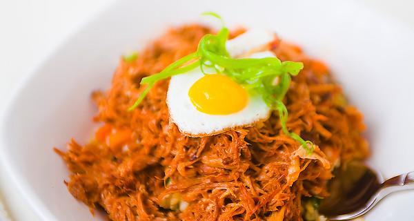 calafia cafe-fiery bottom bbqpork bowl-IMG_5287.jpg