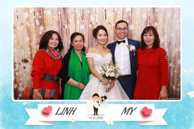 Linh-My-wedding-instant-print-photo-booth-in-Ha-Noi-Chup-anh-in-hnh-lay-ngay-Tiec-cuoi-tai-Ha-noi-WefieBox-photobooth-hanoi-24.jpg
