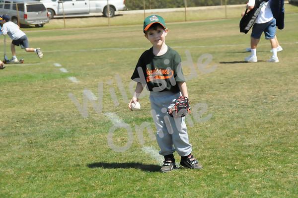 Pee Wee: Hurricanes Field 5 - 3:00p.m.