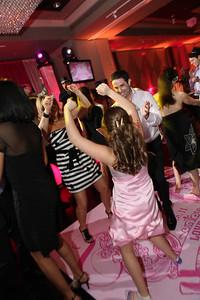008 More Dancing