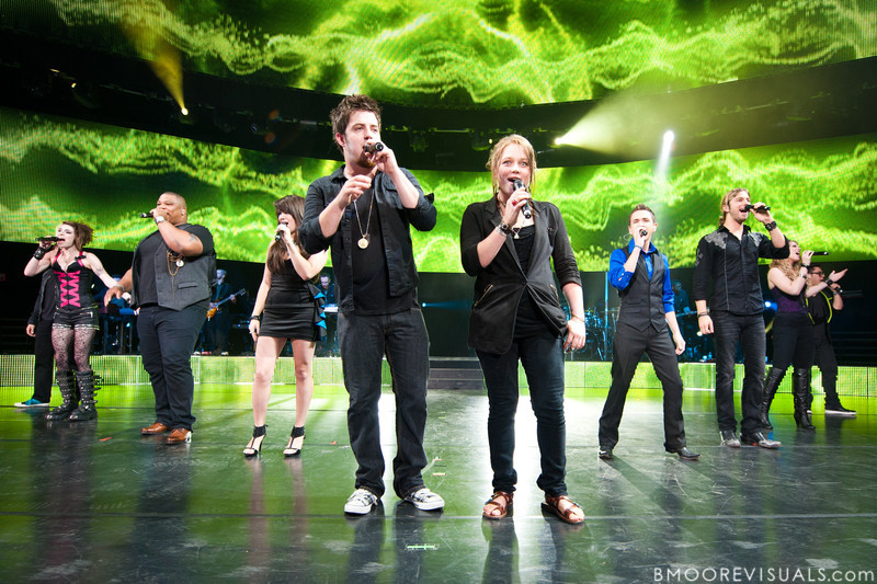"Tim Urban, Siobhan Magnus, Michael ""Big Mike"" Lynch, Katie Stevens, Lee Dewyze, Crystal Bowersox, Aaron Kelly, Casey James, Didi Benami, and Andrew Garcia perform during the American Idol Live! Tour at St. Pete Times Forum in Tampa, Florida on August 4, 2010."