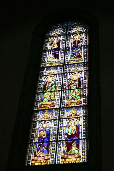 duomo-di-santa-maria-del-fiore-stainglass_2085445766_o.jpg
