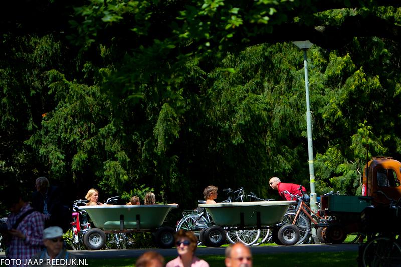 De foto's van de ZOMERZONDAG 3 JULI  2011 zijn na te bestellen via http://bit.ly/l277HP