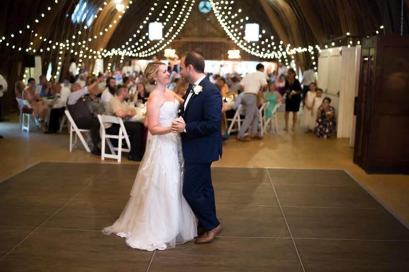 Garrett & Lisa Wedding (575).jpg