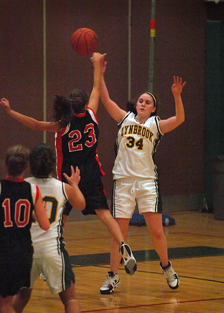 Basketball, Friendship Tourn. Lynbrook vs. E. Rockaway Varsity Girls, 12-27-2006
