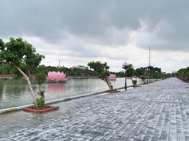IMG_2221-ky-lan-lake.jpg