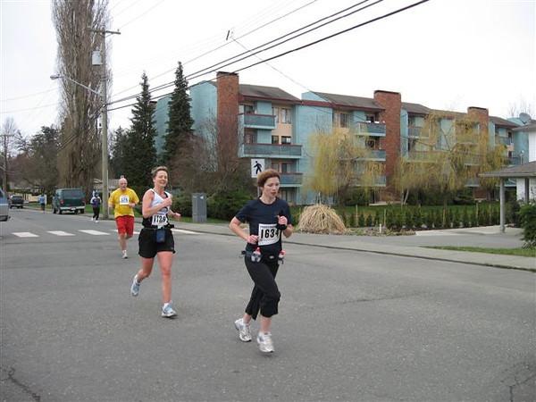 2007 Comox Valley Half Marathon - comoxhalf2007-101.jpg