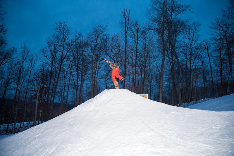 The-Woods_Snow-Trails-Mansfield-Ohio-8676.jpg