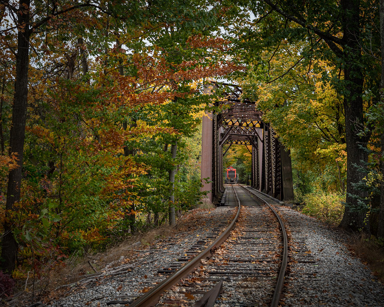_DSC1284-Edit Wilton Trestle Bridge caboose for calendar.jpg