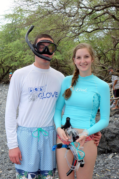 2014-02-16-0005-Maui-Ahihi Cove-Snorkeling-Ryan Seltzer-Elaine.jpg