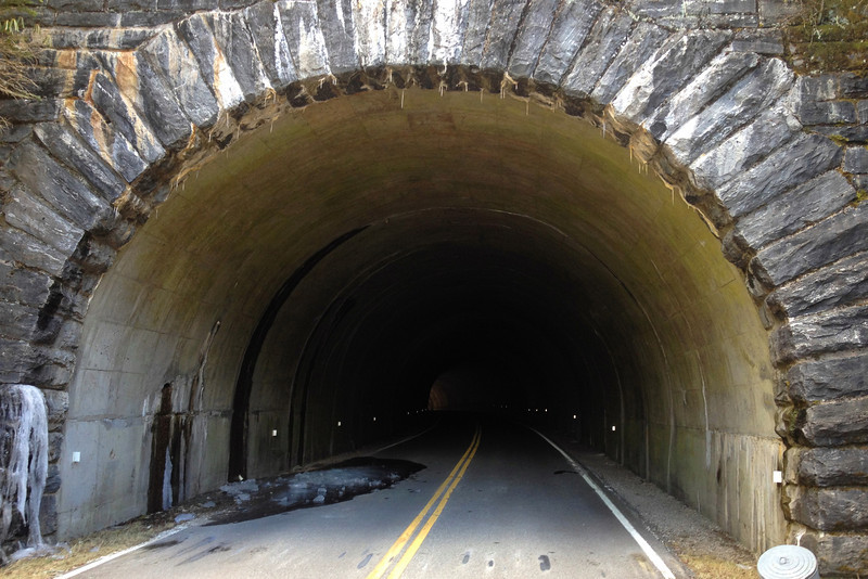 Devil's Courthouse Tunnel -- 5,500'