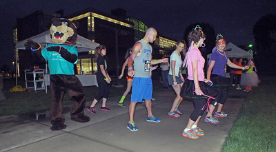Honors Glow Run 09/25/2013