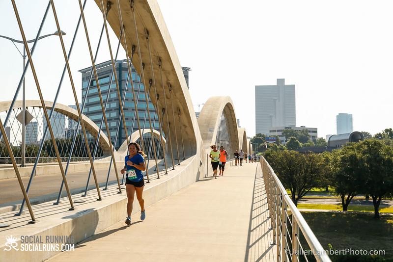 Fort Worth-Social Running_917-0434.jpg