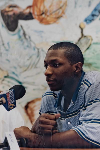 UNCW Basketball 99-00-62.jpg